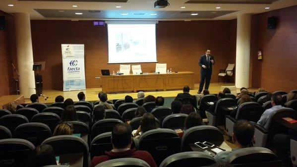 Conferencia en FAECTA. José Miguel Gil